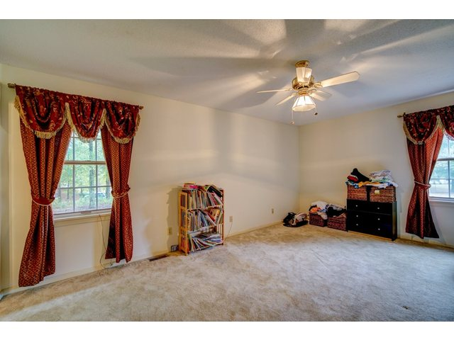 Photo of 100 Holly Dr